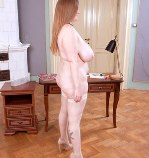 BBW Smiley Emma takes off her glasses and strips after paperwork is finished