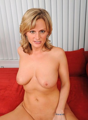 Blonde housewife Becca Blossoms undresses to masturbate with hubby is at work