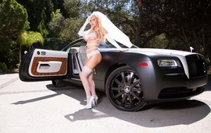 Blonde chick Nikki Benz heads off to her wedding in bridal veil and lingerie
