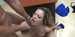 Latina chick Carmen Valentina gets on her knees to give head in the office