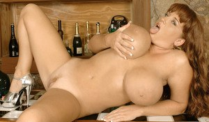Solo model Brandy Dean unveils her knockers before toying her vagina