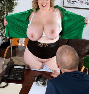 BBW Amiee Roberts seduces her boss with her huge boobs at work