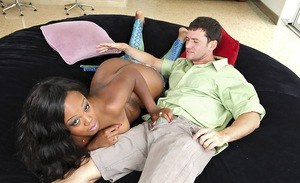 Naked black chick Jayden Starr seduces a guy and then proceeds to blow him
