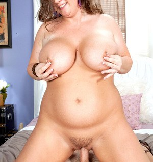 Brunette BBW Nikki Smith gets stripped naked and banged by her lover