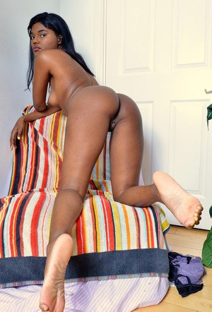 Black amateur Yara Skye slips off her lace panties to expose her meaty labia