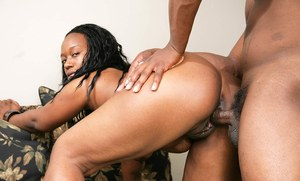Black chick So Seductive gets a load of sperm blown on her big ass after sex