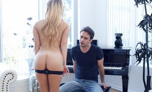 Blonde chick Carter Cruise seduces the piano repairman in her bra and panties