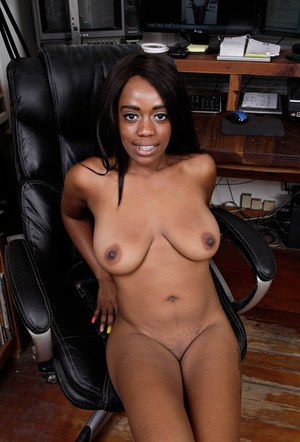Black girl Amber Cream exposes her big natural boobs for the first time