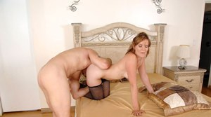 Mature MILF is stripped naked before sexual relations in bedroom
