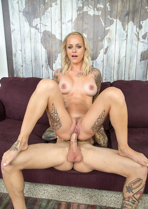Tattoo enthusiast Sammie Six gets fucked by her tat adorned man