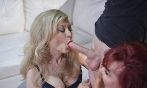Mature women Sexy Vanessa & Nina Hartley suck off a long cock together