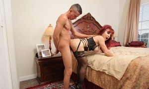 Mature Latina woman Sexy Vanessa gets banged by her much younger lover