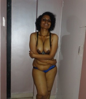 Chubby Desi solo girl releases her tits from bra before flashing some ass