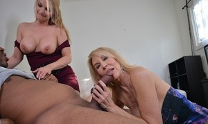 Mature blonde women Erica Lauren & Rachael Cavalli deliver a double blowjob
