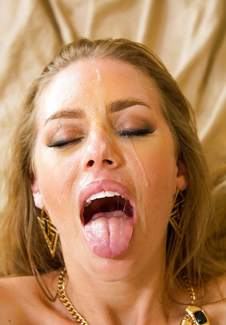 Nicole Aniston Facial Hd